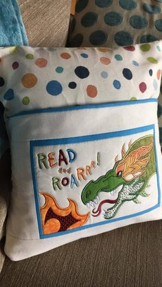 Mesmerizing Brazilian Embroidery Ideas Brazilian Embroidery Patterns Dragon reading pillow and in the hoop machine embroider - Sweet Pea - Brazilian Embroidery Stitches, Learn Embroidery, Machine Embroidery Patterns, Ribbon Embroidery, Embroidery Kits, Fabric Patterns, Pillow Embroidery, Fun Patterns, Machine Quilting