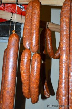 Chorizo, Homemade Sausage Recipes, Romanian Food, Yummy Food, Tasty, Smoking Meat, Charcuterie, Food And Drink, Cooking