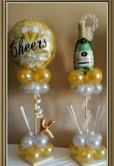 Have different sizes of balloons hanging from second top quad on fishing line Balloon Table Centerpieces, Balloon Arrangements, Balloon Decorations, Balloon Ideas, Champagne Birthday, Champagne Party, Balloon Columns, Balloon Arch, 5 Balloons