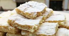 Villámgyors, egyszerű habos-túrós süti – Kész réteslapból is elkészítheted - Receptek | Sóbors