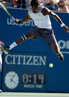 Gael Monfils - This man is an inspiration. He was the first pro tennis match I saw- at the US Open vs. Juan Carlos Ferrero. He is so entertaining to watch.