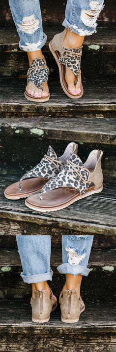Find 2020 Best Heel Sandals,Slippers,Wedges Sandals Here! Leopard Sandals, Cute Sandals, Cute Shoes, Me Too Shoes, Casual Outfits, Summer Outfits, Cute Outfits, Summer Clothes, Stuart Weitzman