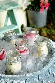 Ice Cream in mason jars....but really check this out for other ideas for use of Mason Jars....some cool things.