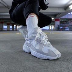 soldes luxe mode de luxe 11 meilleures images du tableau Adidas yung 1 | Nike ...