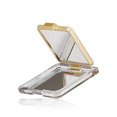 Καθρεφτάκι Slim Giordani Gold #oriflame  Μοντέρνο, στυλάτο καθρεφτάκι με το μονόγραμα GG. Χωράει άνετα στην τσάντα σας και είναι πολύ πρακτικό για να τσεκάρετε το μακιγιάζ σας μέσα στη μέρα. Κωδικός:26402