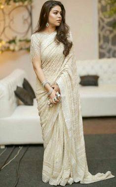 Latest Elegant Designer Wedding Sari Click Visit link above to read Indian Dresses, Indian Outfits, Christian Wedding Sarees, White Saree Wedding, Indian Fashion Trends, Ethnic Fashion, Trendy Fashion, Wedding Saree Collection, Modern Saree