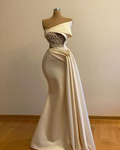 Ivory Prom Dresses, African Prom Dresses, African Wedding Dress, Gala Dresses, Event Dresses, African Fashion Dresses, Bridal Dresses, Dresses With Capes, Fancy Prom Dresses