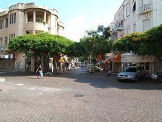 Nahalat Binyamin, Tel Aviv