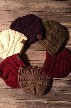 Finally some real cold weather... Just in time for our new arrival of this chunky knit CC Beanie which I personally adore!