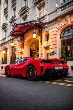 Ferrari 288 Gto, Carros Ferrari, Pink Ferrari, New Ferrari, Ferrari Laferrari, Lamborghini Cars, Ferrari Auto, Ferrari World, Luxury Sports Cars