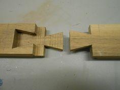 Rund vier Holzverbindungen