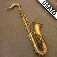 Sax tenore King Zephyr Usato del 1970 con custodia rigida sagomata inclusa nel prezzo marca Gator.  Tamponatura in ottime condizioni.  Sax professionale.