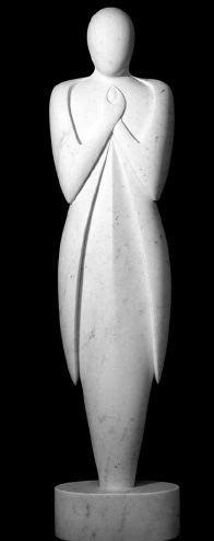 """Nel 1994 partecipa alla mostra collettiva """"Le forme del mare/Sculture in un paesaggio/1 mostra internazionale dei giovani"""" a Pietrasanta"""