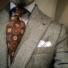 Suit and tie fixation - passaggiocravatte: Bespoke vintage ancient Gentleman Mode, Gentleman Style, Vintage Gentleman, Sharp Dressed Man, Well Dressed Men, Mens Fashion Suits, Mens Suits, Style Masculin, Jackett