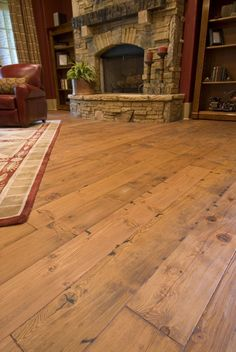 The Hottest Home-Improvement Technologies and Trends: It's wonderful there are now so many building materials made from composites and alternative resources, but sometimes it is nice to have the real thing. This beautiful heart-pine floor is a great examp Pine Wood Flooring, Heart Pine Flooring, Wide Plank Flooring, Pine Floors, Diy Flooring, Unique Flooring, Flooring Ideas, Planks, Hardwood Floor Colors