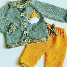 Ideas Crochet Clothes For Kids Boys Baby Cardigan For 2019 Knitting Patterns Boys, Baby Boy Knitting, Knitting For Kids, Knitting Designs, Baby Patterns, Sweater Patterns, Baby Boy Beanies, Baby Boy Overalls, Overalls Outfit
