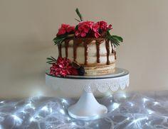 Naked cake: flores orgánicas + reese´s + frutos rojos + dulce de leche + cappuccino = explosión de sabor! www.1premiecito.com.mx
