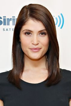 Pin for Later: The Clavicut — the Best Celebrity Midlength Hairstyles Gemma Arterton Gemma goes for blunt ends, a sharp side part and loads and loads of shine in her midlength cut.