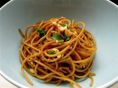 Dabbling in the Kitch – Asian Sesame Noodles | NOSH AND TELL