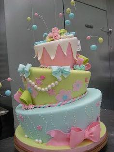 Love topsy-turvy cakes.
