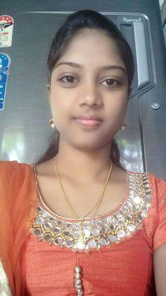 Hii Jaan ilove you Beautiful Girl In India, Beautiful Blonde Girl, Beautiful Girl Image, Most Beautiful Indian Actress, Beautiful Asian Girls, Girl Number For Friendship, Girl Friendship, Indian Girls Images, Indian Teen