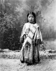 Her Know, American Indian girl, possibly Dakota Sioux, copyright 1899, Omaha, NE