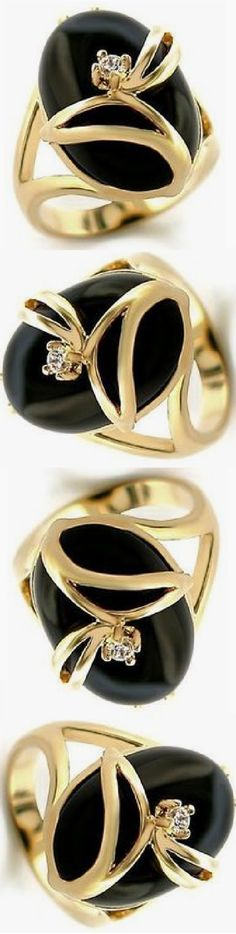 Black And White Love, Gold Fashion, Classy Women, Shades Of Black, Gold Style, Her Style, Fashion Accessories, Bling, Wedding Rings