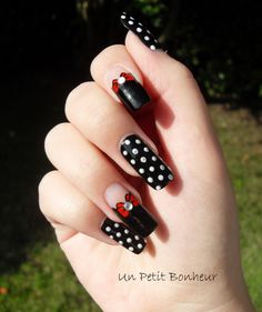 Women always want to look gorgeous and fabulous in front of people. You can wear ideal makeup, haircuts and elegant dresses. Also, your nails will play an major part for … Crazy Nail Art, Crazy Nails, Dot Nail Art, Polka Dot Nails, Cute Nails, Pretty Nails, Nail Art Designs, Dream Nails, Stylish Nails