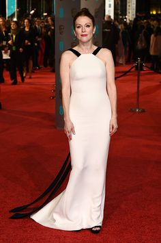 Julianne Moore - 2016 BAFTA Awards