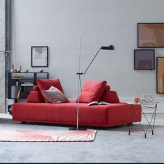 The modern daybed, the Joy Sofa offers flexible seating as well as a place to sleep and modern lines. Cool Furniture, Modern Furniture, Danish Interior, Wooden Room, Wood Pendant Light, Modern Chandelier, Danish Design, Sofas, Big Big