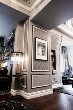 Gray, white, black, dark wood floors the perfect combo!F Scott Fitzgerald suite at the Plaza Hotel in New York. Wall Molding, Gatsby Style, Plaza Hotel, The Great Gatsby, Formal Living Rooms, New York, Decorating Your Home, Decoration, Sweet Home