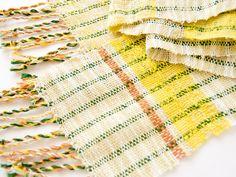 草木染めの綿マフラー | ハンドメイド、手作り作品の通販 minne(ミンネ)