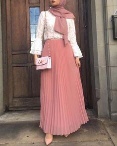 Pleated maxi skirts for woman – Just Trendy Girls #hijabfashion,