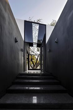 Galería de Casa del Árbol / AS Arquitectura - 5 Grey Interior Design, Scandinavian Interior Design, Merida, Mexican House, Abstract Example, Modern Sculpture, Unique Home Decor, Detached House, Abstract Expressionism