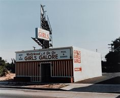 Girls Galore. Photography c/o Wim Wenders.