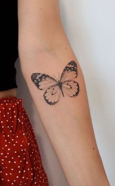 Butterfly Tattoos On Arm, Colorful Butterfly Tattoo, Butterfly Tattoo Designs, Realistic Butterfly Tattoo, Dainty Tattoos, Pretty Tattoos, Cute Tattoos, Small Tattoos, Tatoos