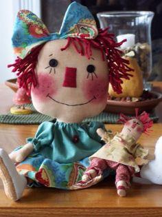 PANDILLA BASURITA II... DECORACION ECONOMICA, RECICLADOS, RECUPERADOS, RESTAURADOS ETC... | Aprender manualidades es facilisimo.com Softies, Raggy Dolls, Vintage Coloring Books, Primitive Doll Patterns, Puppet Patterns, Raggedy Ann And Andy, Fabric Toys, Soft Dolls, Sewing For Kids