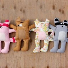 Free pattern for these cute softies.