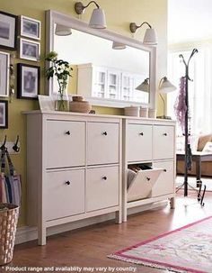 HEMNES Shoe cabinet with 4 compartments, black-brown, 42 A place to organize and store all your shoes, making life on the go a little easier. The simple, classical design with a touch of tradition looks great with other furniture in the HEMNES series. Ikea Entryway, Entryway Shoe Storage, Narrow Entryway, Laundry Room Storage, Entryway Cabinet, Entryway Mirror, Ikea Hallway, Apartment Entryway, Hallway Furniture