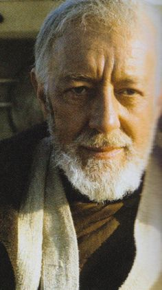 Obi-Wan Kenobi played by Sir Alec Guinness in Star Wars: A New Hope Star Wars Jedi, Star Wars Art, Star Trek, Blade Runner, Saga, Alec Guinness, Star Wars Episode Iv, Star Wars Pictures, A New Hope