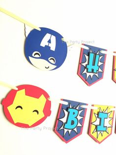 Thor, Captain America, Hulk and Iron Man are here with this adorable handmade Avengers banner! The perfect display for an Avengers themed birthday party! Mini Avengers, Avengers Birthday, Happy Birthday Signs, 4th Birthday, Birthday Party Themes, Photos Booth, Party Kit, Party Ideas, Superhero Party