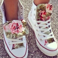 7 Unique Ideas On How To Customise Your Shoes For Summer  #Fashion #Trusper #Tip