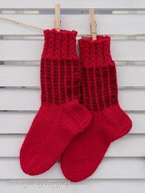 Silmukanjuoksuja: joulukuuta 2015 Christmas Stockings, Knitting, Holiday Decor, Crocheting, Crafts, Home Decor, Needlepoint Christmas Stockings, Crochet, Manualidades