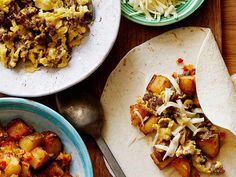 The Pioneer Woman puts together a dinner that's easy to make and fun for the whole family to assemble. Serve a spread of tortillas with eggs, breakfast sausage, breakfast potatoes and your favorite Br (Breakfast Potatoes)