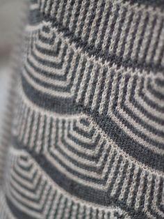 Beautiful stitch pattern. Mimoods Knits