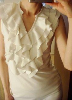 Kup mój przedmiot na #vintedpl http://www.vinted.pl/damska-odziez/krotkie-sukienki/7984908-sukienka-letnia-falbanki-z-falbanka-biala-prosta-krotka-36