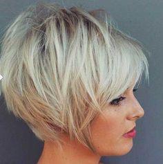15.Court Coupe de cheveux en Couches