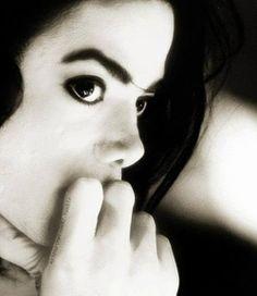 Most beautyful man❤️😍😘Love♥️♥️♥️♥️♥️♥️🔝Michael Jackson ❤️❤️❤️❤️❤️🔝🔝🔝🔝 Michael Jackson Sexi, Michael Jackson Quotes, Michael Jackson Wallpaper, Mike Jackson, Jackson Family, Hee Man, Mj Dangerous, Remember The Time, Lisa Marie Presley
