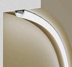 il lavandino di una cucina illuminato con una barra led | Barre ...