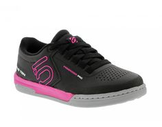 FIVE TEN FREERIDER PRO Damen Flat Pedal Schuhe black/pink